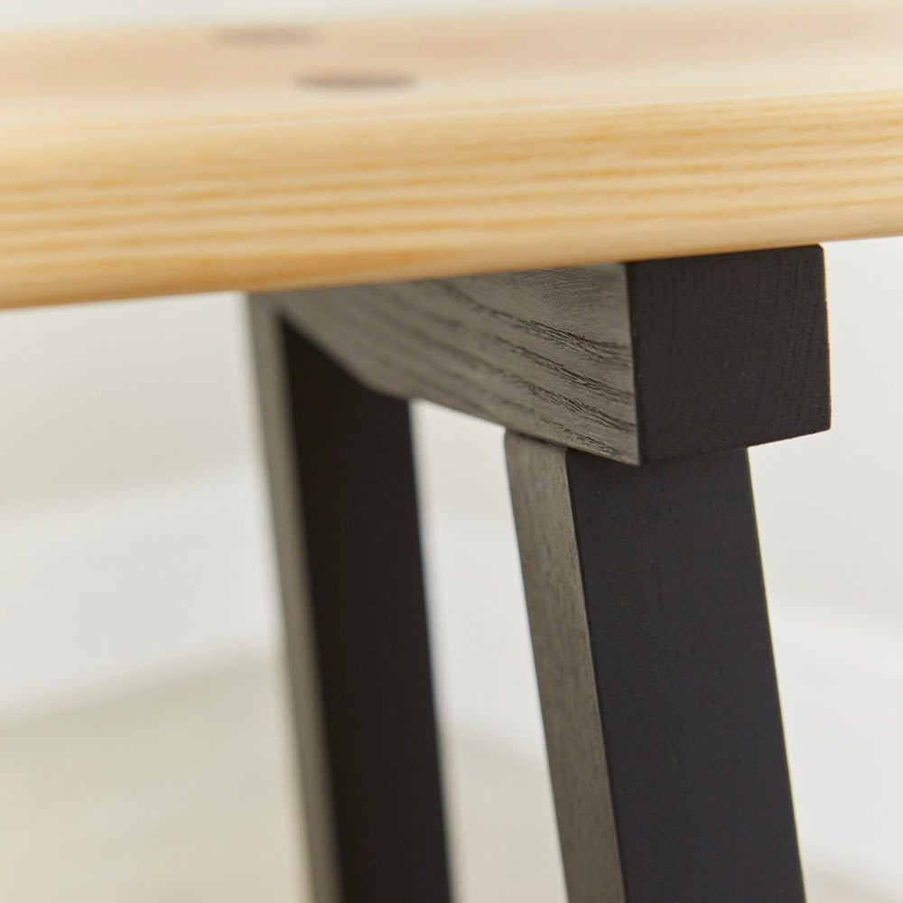 Top of leg detail of Modern Ash Long Bench by Richard Pearce Woodwork and Joinery Cornwall