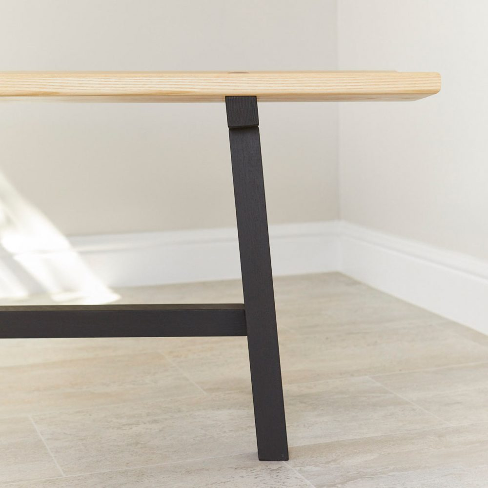 End profile detail of Modern Ash Long Bench by Richard Pearce Woodwork and Joinery Cornwall