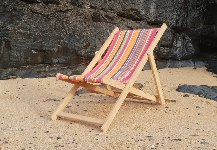 handmade wooden deckchair richard pearce joinery cornwall